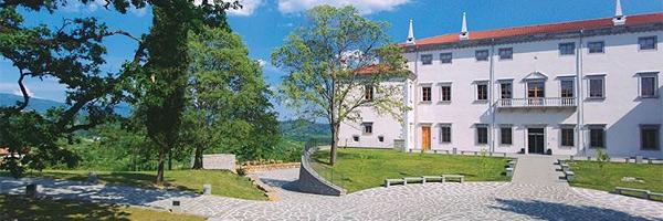 Vila Vipolže, Dobrovo