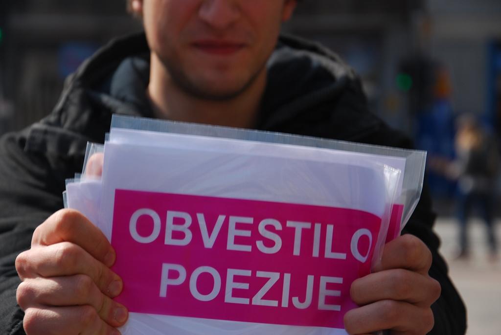 Obvestila poezije: umetniška situacija s Srečkom Kosovelom